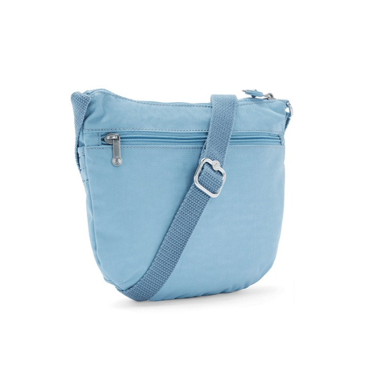 bolsa-transversal-kipling-arto-s-azul-claro-traseira