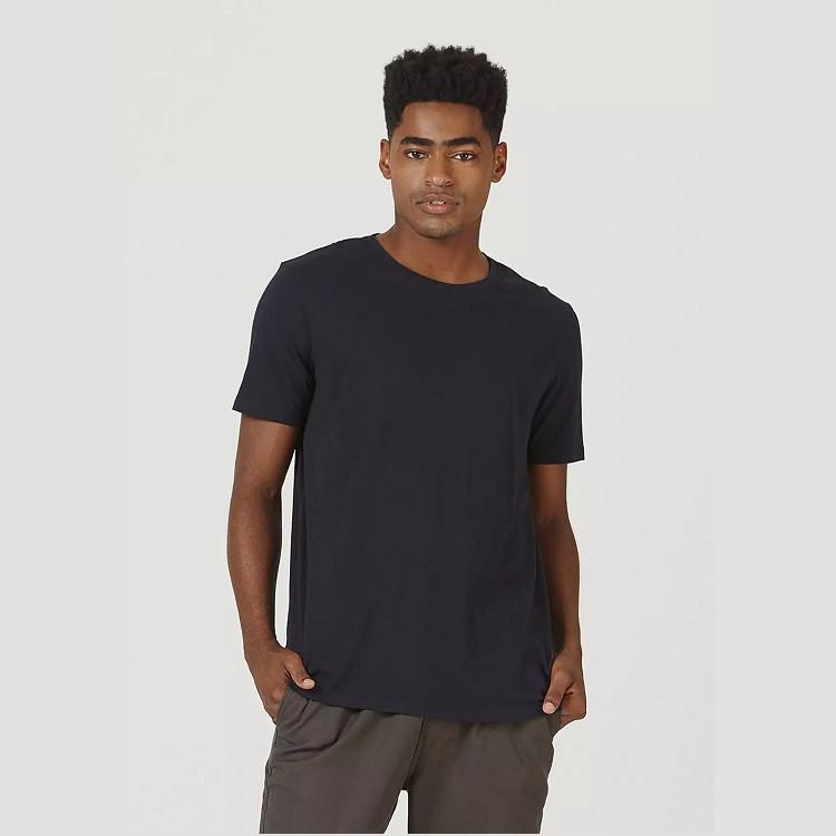 camiseta-hering-masculina-básica-mangas-curtas-world-tamanho-m-preta