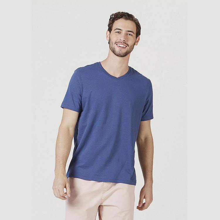 camiseta-hering-masculina-básica-com-decote-v-world-m-azul