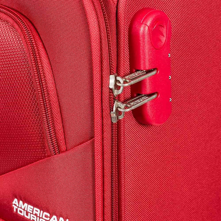 mala-american-tourister-by-samsonite-stirling-light-tamanho-g-vermelha-detalhe-cadeado