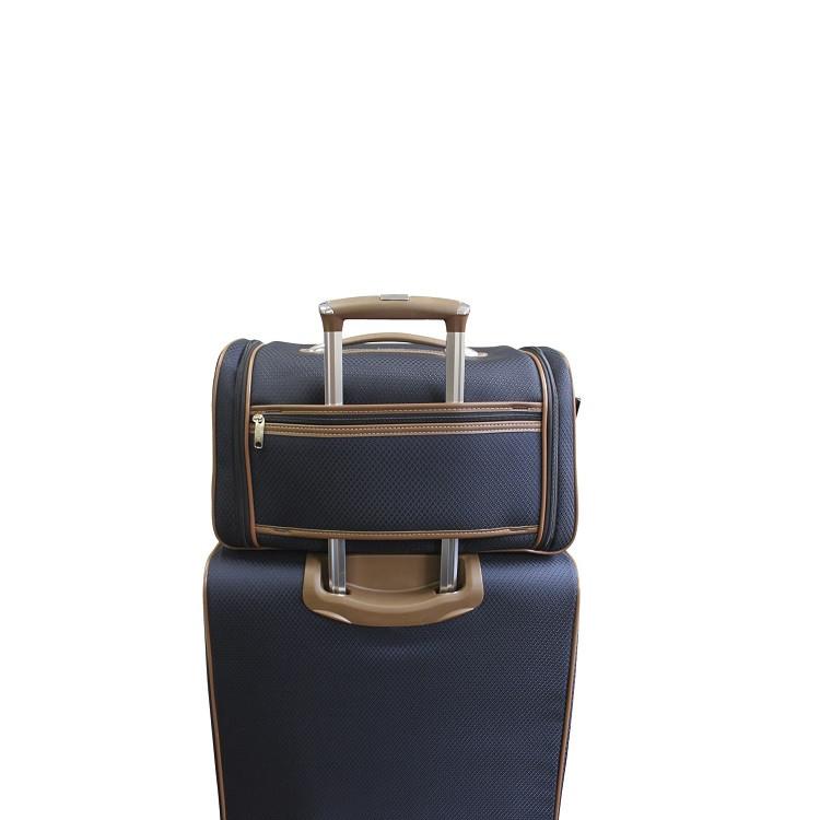 sacola-lansay-les-petits-azul-cobalto-detalhe-acoplado-a-mala