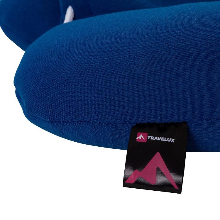 travesseiro-com-capuz-relax-travel-azul-detalhe-etiqueta