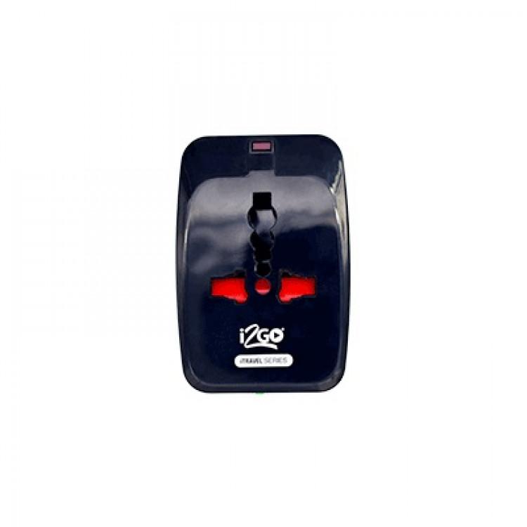 adaptador-de-tomada-i2GO-universal-preto-detalhe-frontal