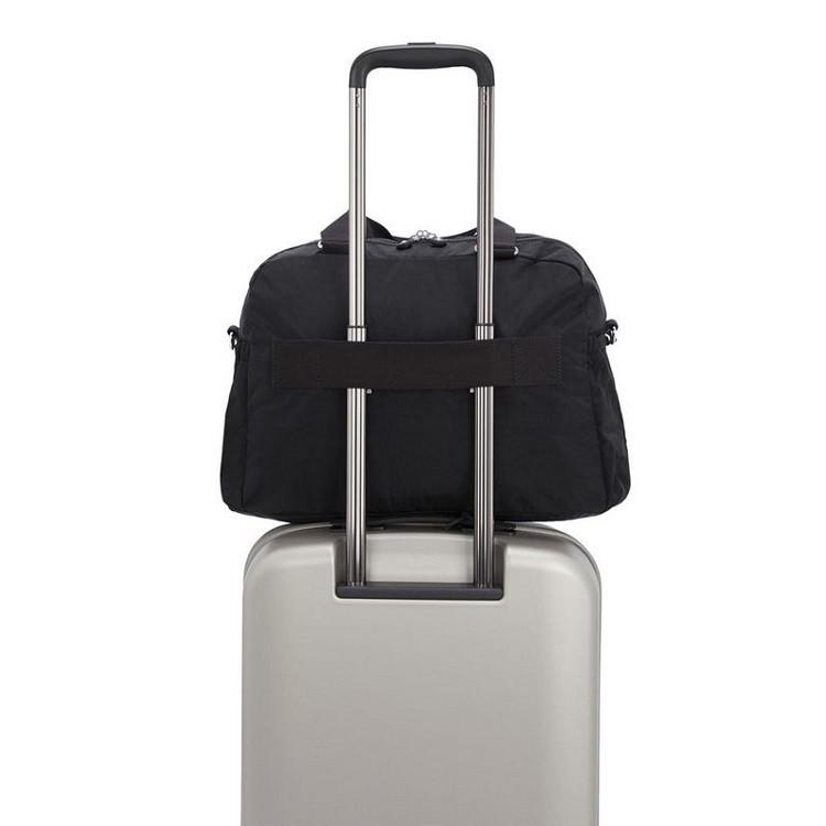 sacola-de-viagem-kipling-deny-preta-alça-traseira