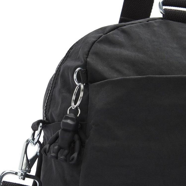 sacola-de-viagem-kipling-deny-preta-chaveiro