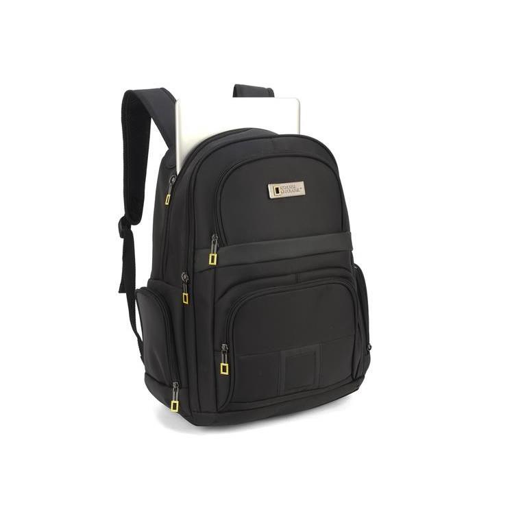mochila-national-geographic-mn51606-preta-detalhe-compartimento-notebook