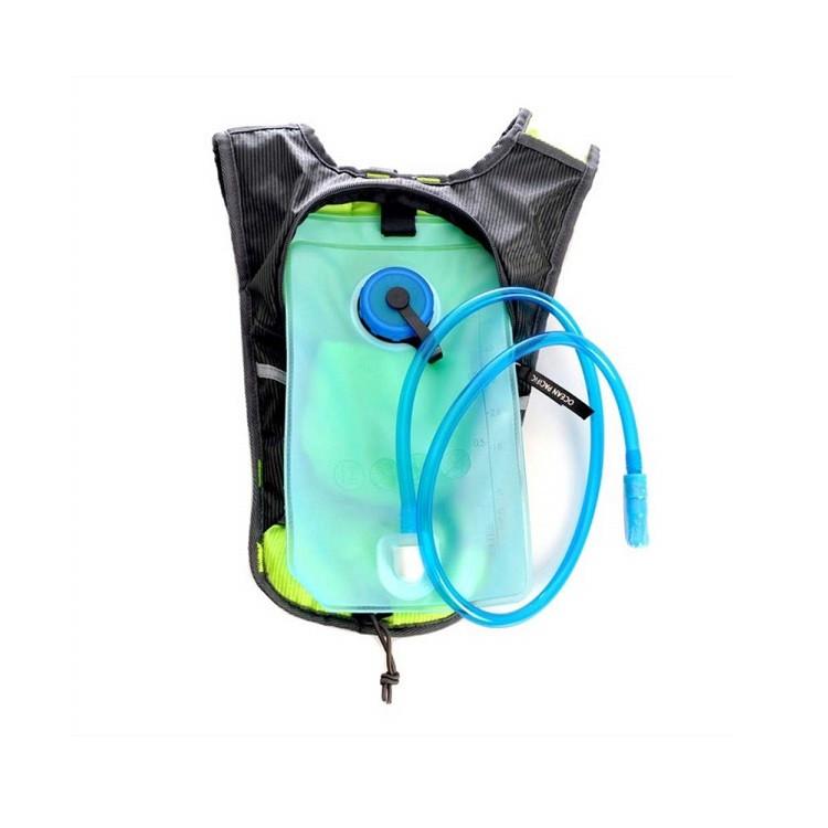 mochila-hidratação-ocean-pacif-1.5l-verde-detalhe-compartimento-para-água