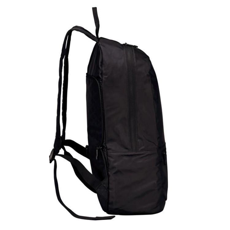 mochila-victorinox-packable-backpack-preta-detalhe-lateral