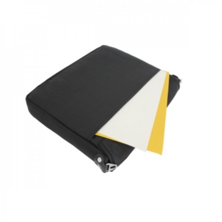 pasta-lansay-congresso-bolso-traseiro