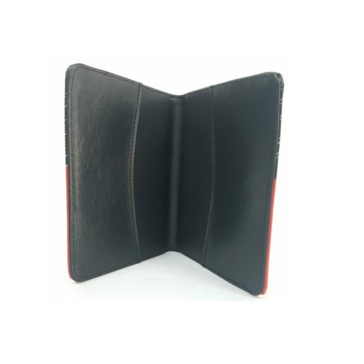 porta-passaporte-polo-king-mickey-mouse-preto-detalhe-aberta