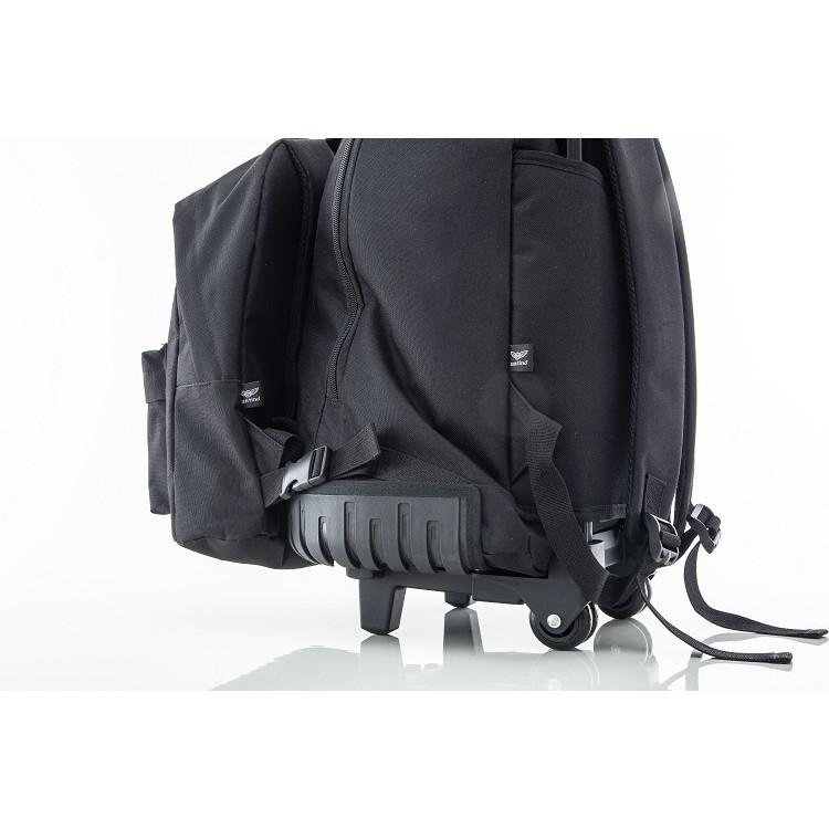 mochila-executiva-santino-2-em-1-SAC185001-preta-detalhe-mochila-com-carrinho-rodas